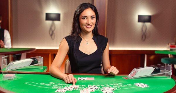 ライブカジノで臨場感を味わおう!ライブカジノの楽しみ方と攻略法
